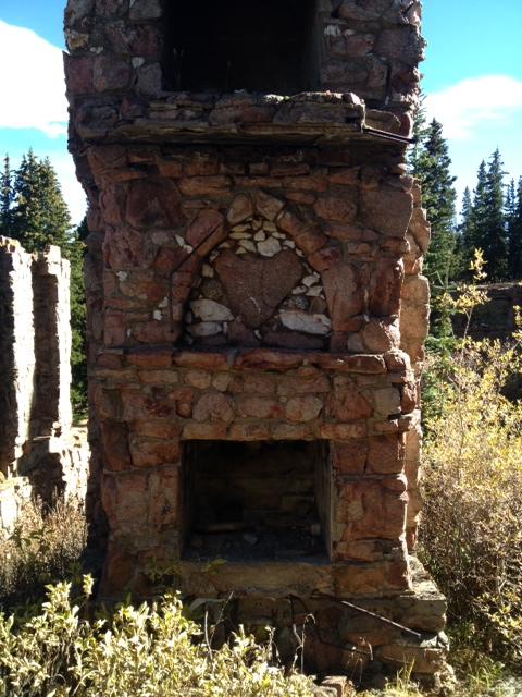 fireplace w/ heart